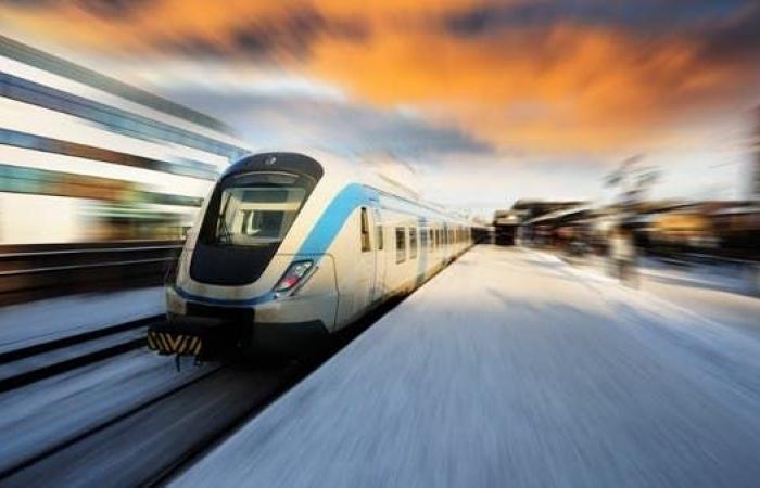 مصر توقع عقدا بـ4.45 مليار دولار لخط سكك حديدية فائق السرعة
