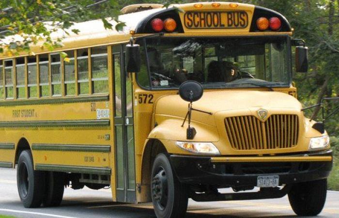 """""""أزمة"""" الباص المدرسيّ: متى تُحدد التعرفة؟"""