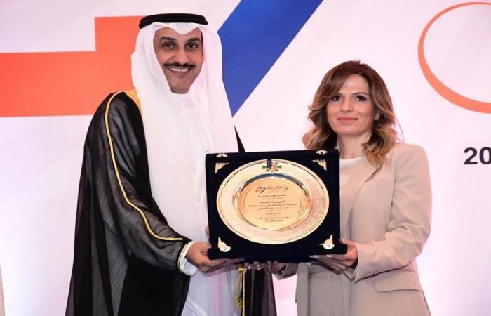 يمين ترأست الوفد اللبناني إلى مؤتمر العمل العربي بالقاهرة