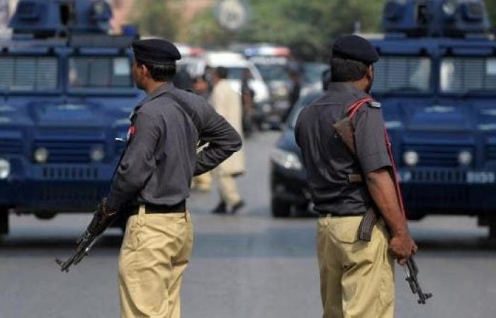 مقتل 3 بهجوم انتحاري عند نقطة تفتيش جنوب غربي باكستان