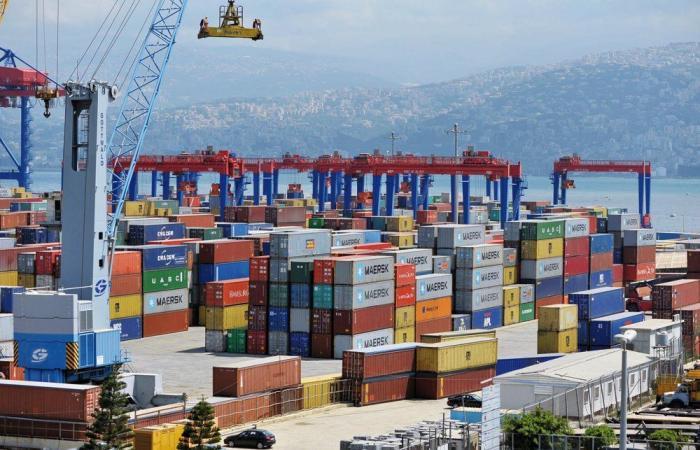 نقابة الوكلاء البحريين: لإطلاق مناقصة تشغيل محطة الحاويات بالمرفأ