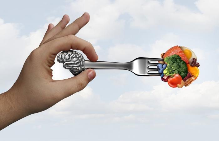 لسلامة عقلك ومزاجك.. إليك قائمة بمغذيات المخ