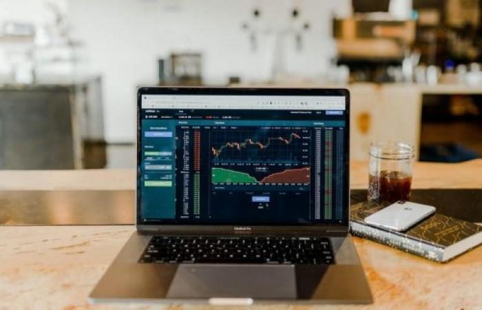 أفضل قطاعات الأسهم للاستثمار في أيلول ٢٠٢١