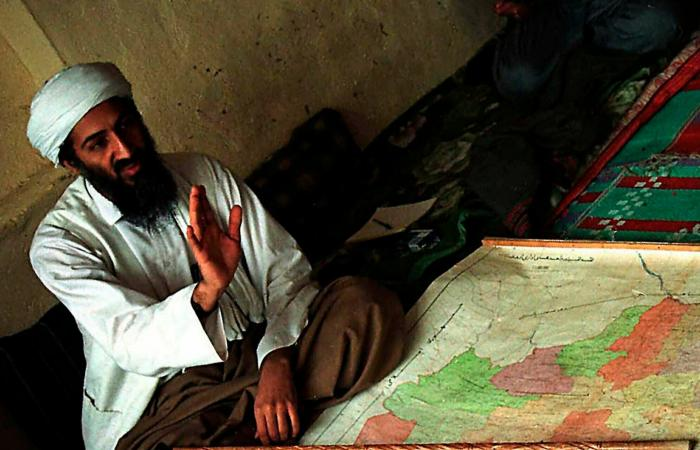 """طالبان تتبرأ من القاعدة.. """"لم نأو الظواهري"""""""