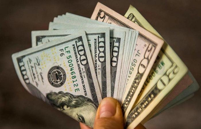 هل يُفرج عن الدولارات؟