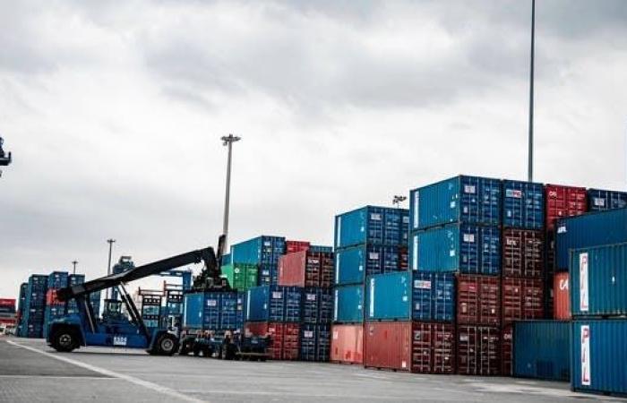 صادرات السعودية غير النفطية ترتفع 17.9% والنفطية 112% في يوليو