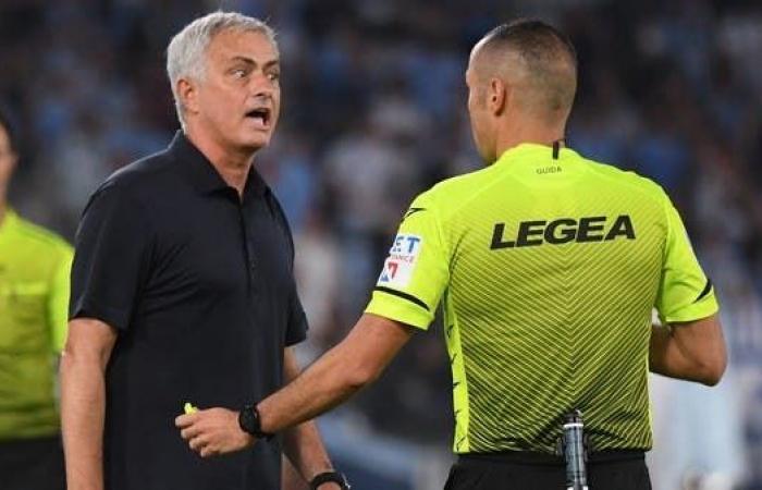 """مورينيو ينتقد الحكم و""""VAR"""" بعد خسارة الديربي"""