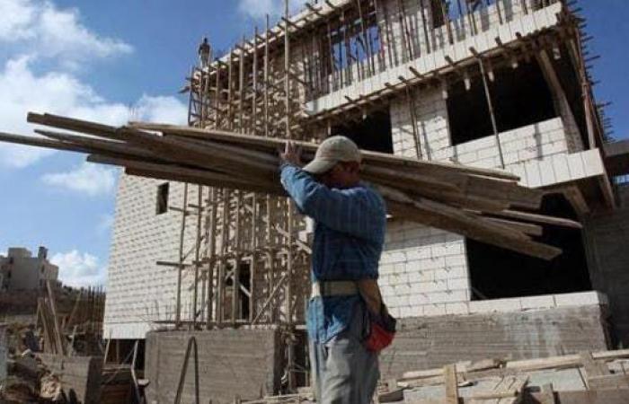 وزير ليبي يكشف موعد وصول أول أفواج العمالة المصرية