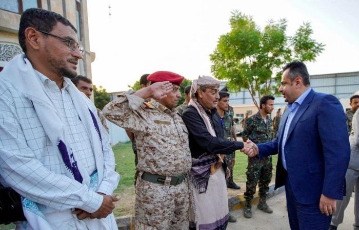 رئيس وزراء اليمن في شبوة لبحث ترتيبات معركة دحر الحوثي
