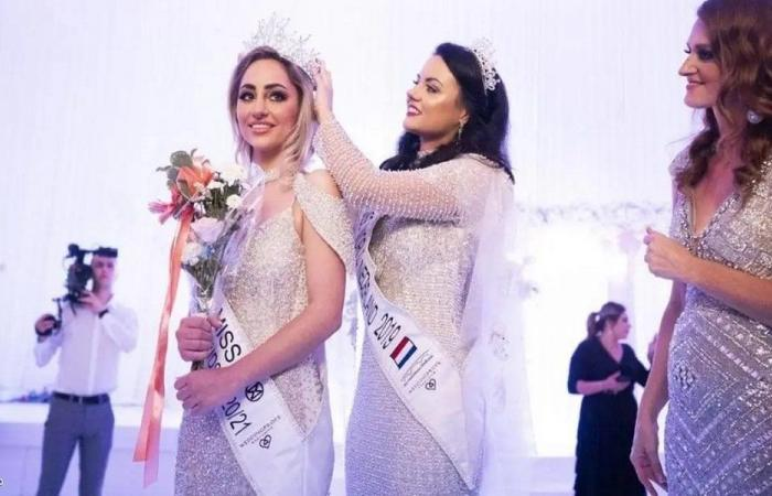 بسبب لقاح كورونا… ملكة جمال هولندا تتخلى عن حلمها