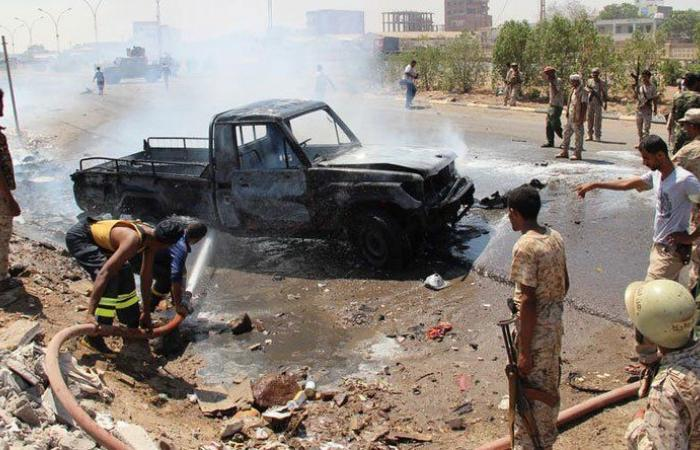 انفجار سيارة مفخخة وسط عدن