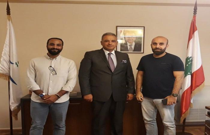 المرتضى هنأ المخرج كاظم فياض بنيله جائزة عن فيلمه