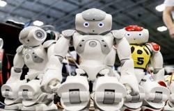 """روبوتات تتنبأ بأفكارنا وتلبي """"رغباتنا""""!"""