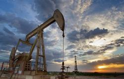 أسعار النفط تعوض بعض خسائرها