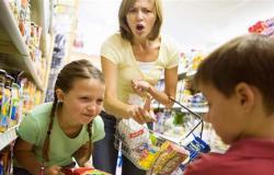 بينها العدوانية.. ساعدي طفلك على التخلص من السلوكيات السيئة