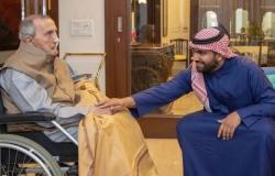هذه قصة الفنان الذي كرمه وزير الثقافة السعودي بالهند