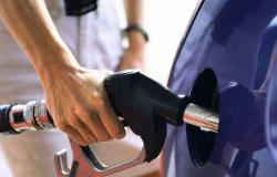 للبنانيين.. هذا جديد نوعية البنزين التي تدخل إلى سياراتكم!