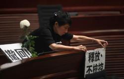 استجواب نيابي لرئيس أمن هونغ كونغ على خلفية العنف في التظاهرات