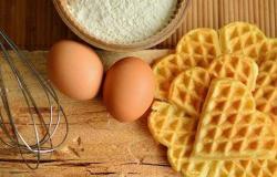 أطعمة ترفع الكوليسترول وأخرى تتخلص منه