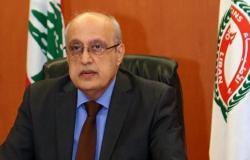 أبو شرف: لإقرار القوانين المعنية بحصانة الطبيب وحمايته