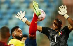 كولومبيا تتعثر بالتعادل أمام فنزويلا