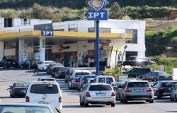 أكثر من 140 محطة رفضت تسلّم البنزين!