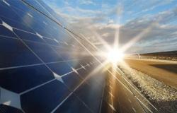 السعودية.. 23 مصنعاً في 12 مدينة صناعية لتعزيز سلاسل إمداد الطاقة المتجددة