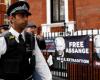 تجمع في لندن احتجاجا على مصادرة مقتنيات اسانج